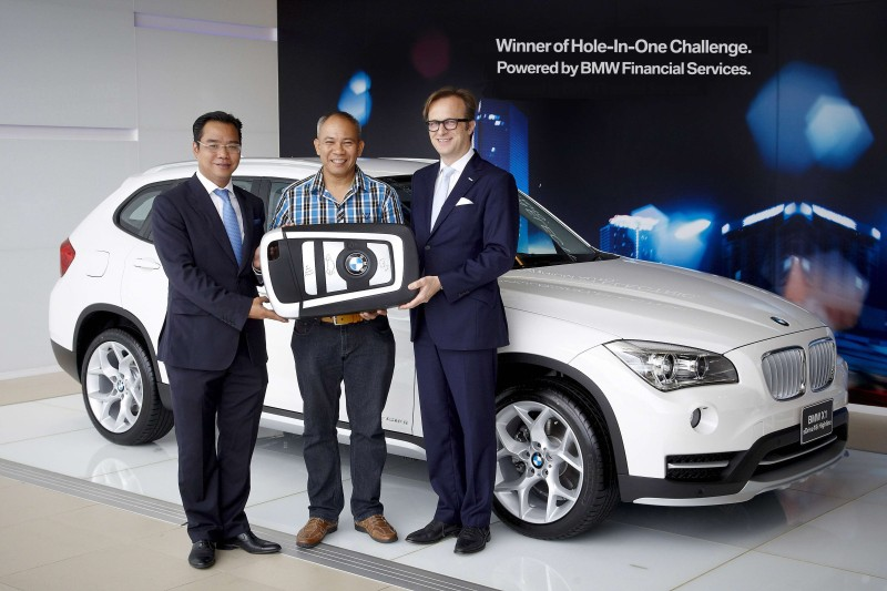 BMW Hole In One Award
