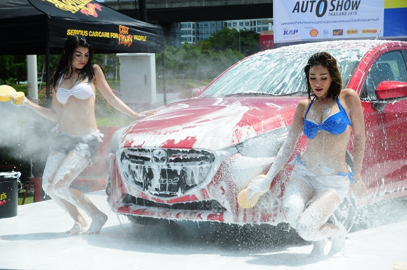 PRETTY & SEXY CAR WASH @ Fast Auto Show Thailand 2015