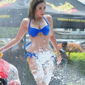 Sexy Car Wash (3)