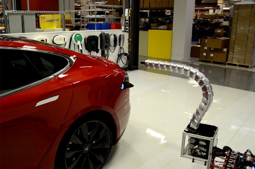 Tesla Robotized Charger