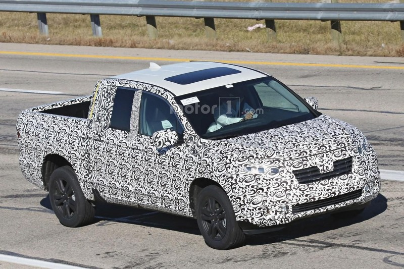 2017-honda-ridgeline-spy-photo (6)