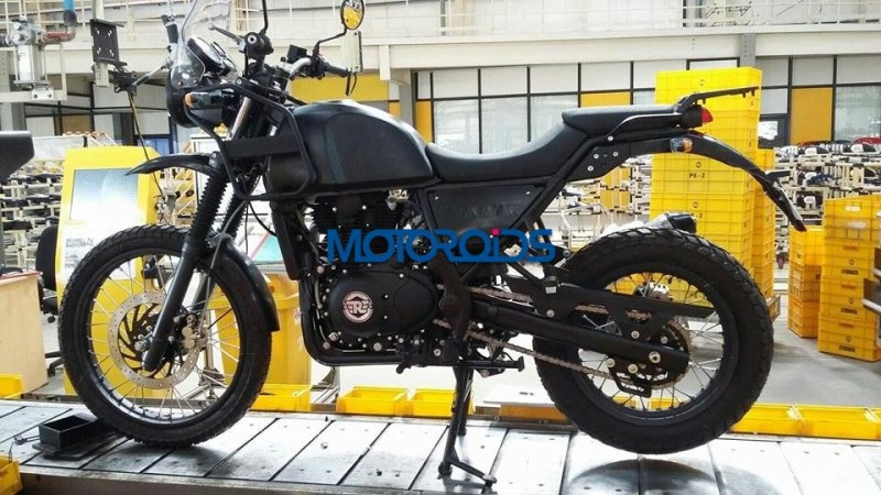 EXCLUSIVE Royal Enfield Himalayan Spied On Production Line 1 3.jpg.pagespeed.ce .Qm2lQSf L1