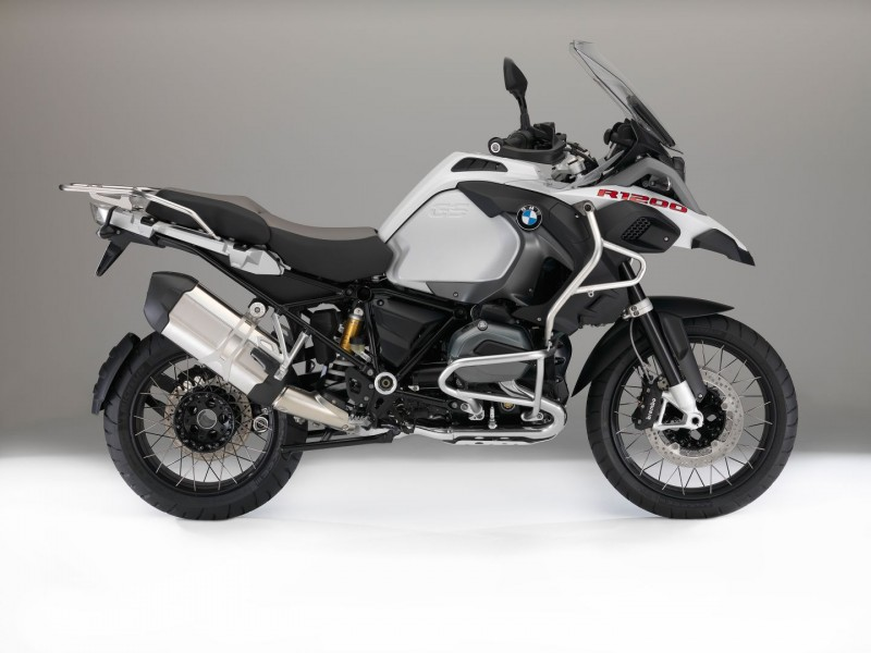 Bmw Motorcycles Get Upgraded Colors And New Features For 2016 Photo Gallery 25