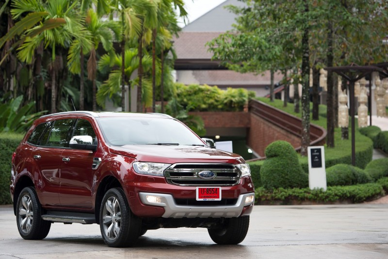 Ford Everest Drive 011