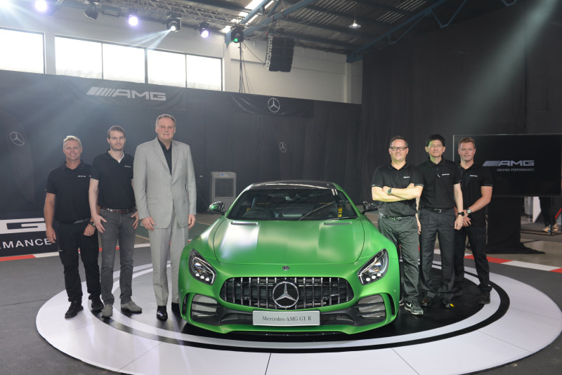 Mercedes Benz Management Team And Australian Racers