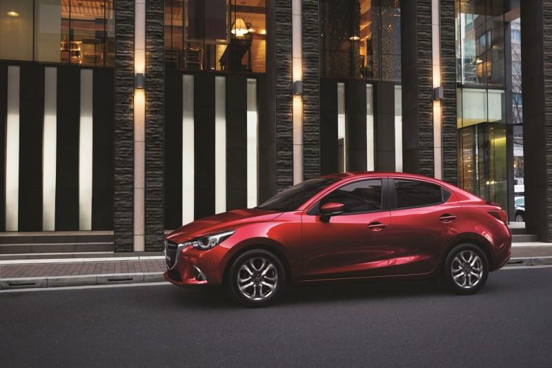 Mazda2 (3)