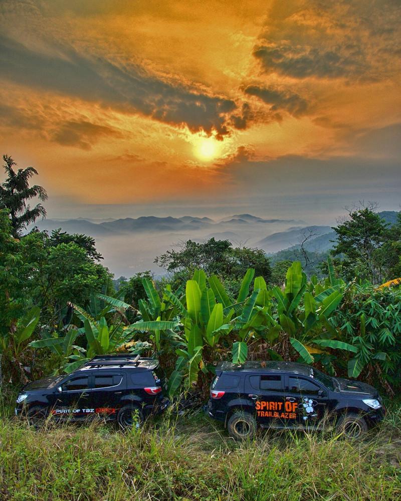Spirit of Trailblazer Club sunset