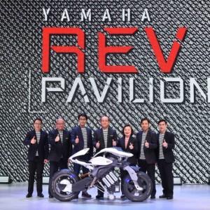 02 Yamaha Rev Pavilion