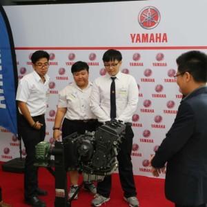 04 ยามาฮ่ามอบเครื่องยนต์ YZF R6 สนับสนุนนักศึกษา ม.ธรรมศาสตร์.txt