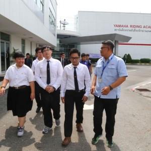 08 ยามาฮ่ามอบเครื่องยนต์ YZF R6 สนับสนุนนักศึกษา ม.ธรรมศาสตร์.txt