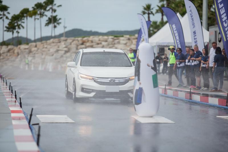 05 Ride&Drive_Michelin Primacy 4