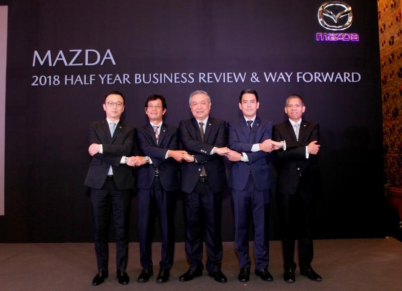 มาสด้ายิ้มแก้มปริยอดขายรวมครึ่งปีแรกทะลุ 33,000 คัน มั่นใจเศรษฐกิจไทยพุ่งพรวดปรับเป้าเพิ่มเป็น 65,000 คัน