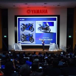 04 ยามาฮ่าเปิดตัว New YZF R3 พร้อมกันทั่วโลกอย่างยิ่งใหญ่