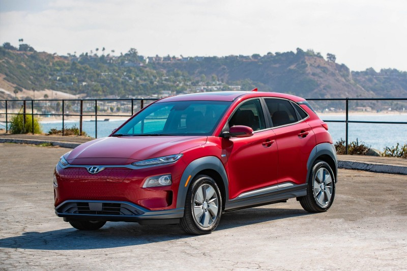 Hyundai คอนเฟิร์ม Kona EV ครอสโอเวอร์ไฟฟ้า เปิดตัวปี 2019 ชาร์จ 1 ครั้ง วิ่งได้ 415 กิโลเมตร