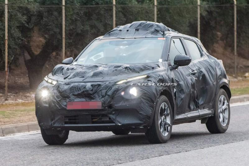 A51b6f4f 2020 Nissan Juke Spy Shots 1