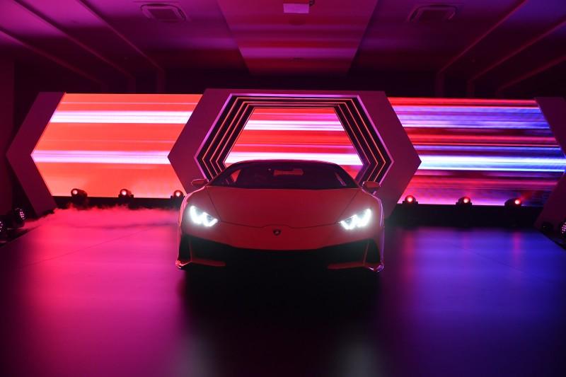 17. ภาพบรรยากาศการเปิดตัว Lamborghini Huracán EVO