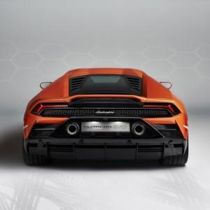 4. Lamborghini Huracán EVO