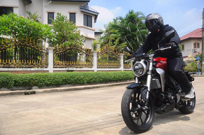 Honda CB300R 1ในจตุรเทพ Neo Sport Cafe