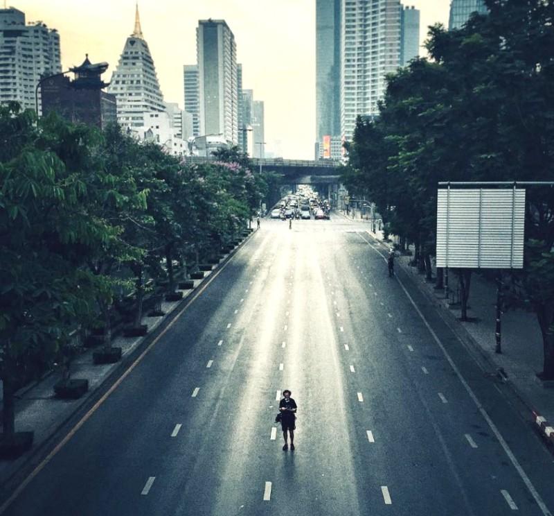 ภาพจากการทดลองเกี่ยวกับมลพิษทางเสียงของนิสสัน จากการปิดพื้นที่ถนนภายในเมืองเพื่อวัดเสียงจากการจราจรกับยานยนต์ไฟฟ้า