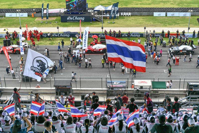 """""""ทีมแข่งไทย"""" พร้อมเต็มร้อยลุยศึก """"ช้าง ซูเปอร์จีที เรซ 2019″ """"ณัฐพงษ์"""" ชี้มาตรฐานทีมสูงขึ้น มั่นใจสร้างผลงานกระหึ่มบ้านเกิด"""