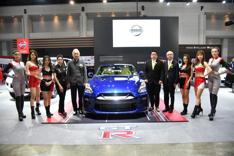 Nissan Auto Salon 2019 01