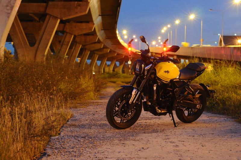 ลองขี่ GPX MAD 300 รถ Naked Bike คลาส 300 ที่คุ้มค่าสุดตอนนี้