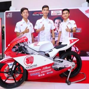 จับตา 3 นักบิดดาวรุ่ง A.P.Honda Race To The Dream (4)
