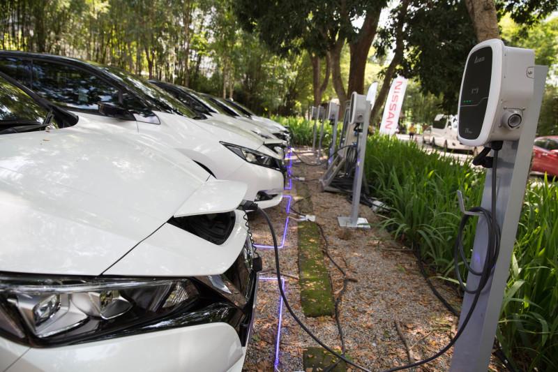 โซลูชั่นเครื่องชาร์จรถยนต์ไฟฟ้าจากเดลต้า มอบพลังขับเคลื่อนอันทรงพลัง แก่นิสสัน ลีฟ ในการทดลองขับสู่จุดสูงสุดของประเทศไทย