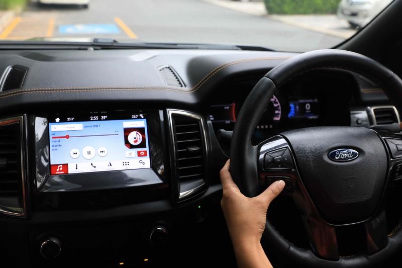 มารู้จักสิ่งรบกวนที่ทำให้เสียสมาธิขณะขับรถในชีวิตประจำวัน พร้อมวิธีหลีกเลี่ยง