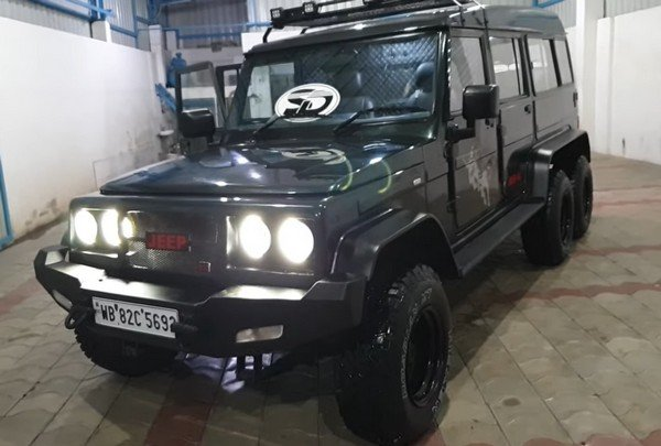 mahindra-bolero-modified-three-quarter-f879