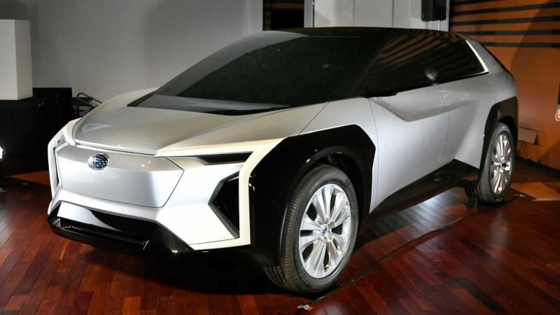 Subaru Electric Crossover Concept 01