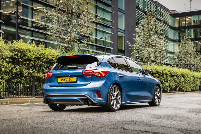 2020-ford-focus-st-2