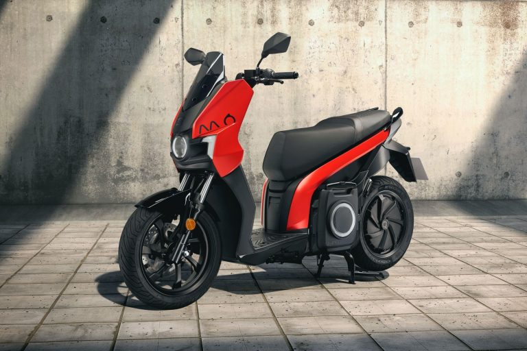 SEAT-MO-electric-scooters-4-768x512