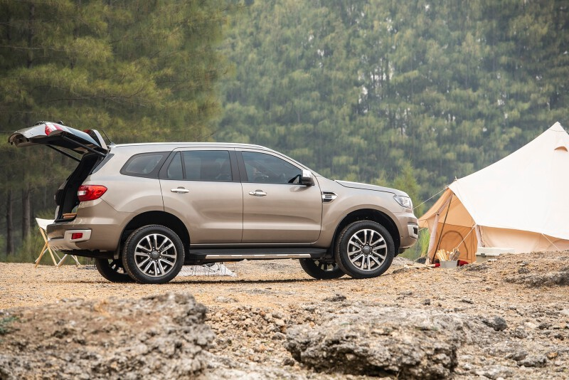 2. Ford_Survey Shows Travelers Prefer Their Post-COVID Trip by Car_Ford Everest Camping