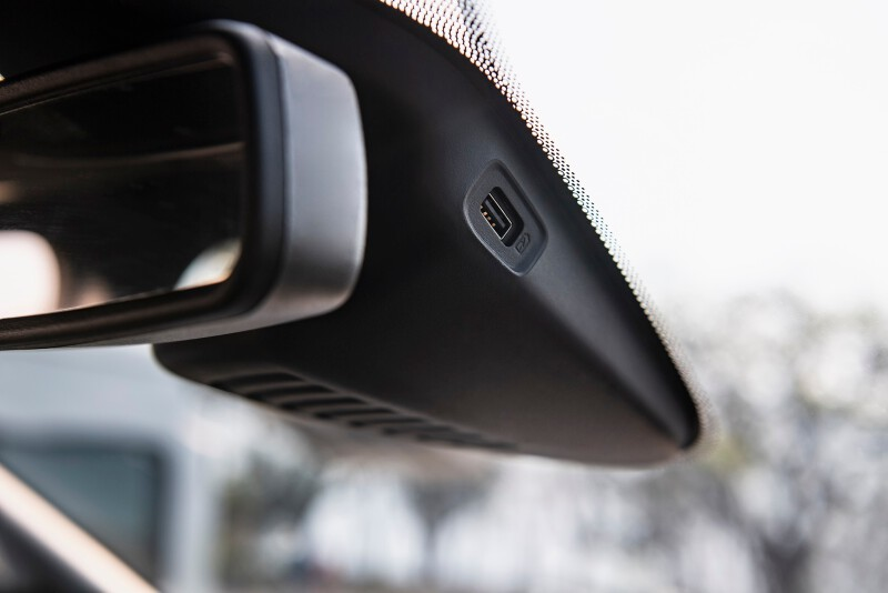 4. Ford_Survey Shows Travelers Prefer Their Post-COVID Trip by Car_USB at front wind shield