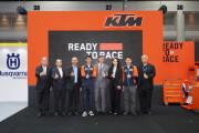 """""""วรูม ไทยแลนด์"""" จัดเต็มโปรโมชั่น KTM และ BAJAJ รับงาน    Motor Expo 2020 เน้น Free Maintenance Campaign        """"คุณขี่ เราดูแล"""" มอบความมั่นใจให้ลูกค้าทั่วประเทศ"""