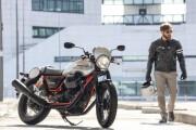 "Moto Guzzi กับ ""Moto Guzzi V9 Bobber และ Moto Guzzi V7 III Racer มอเตอร์ไซค์คัสตอมสไตล์สปอร์ตสัญชาติอิตาลี ที่ไม่ใช่แค่ ""แรง"" แต่มาพร้อมความ ""สปอร์ตคลาสสิก ""เหนือชั้น"""